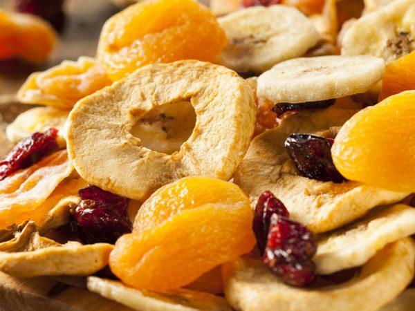 Mangiare la frutta disidratata al posto delle caramelle? Si può!