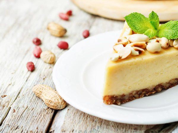 Un dessert crudista: Raw Cheesecake con frutta secca