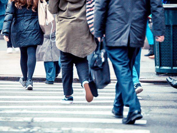 Crowd Jogging: come allenarsi per strada in mezzo alla gente