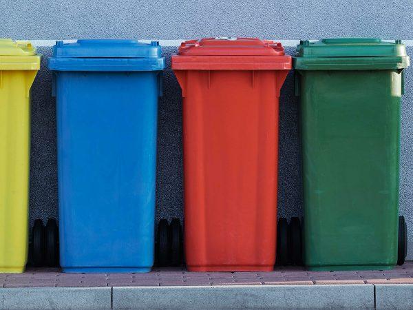 Rifiuti compostabili e Scorta Verde Ventura: come fare una compostiera